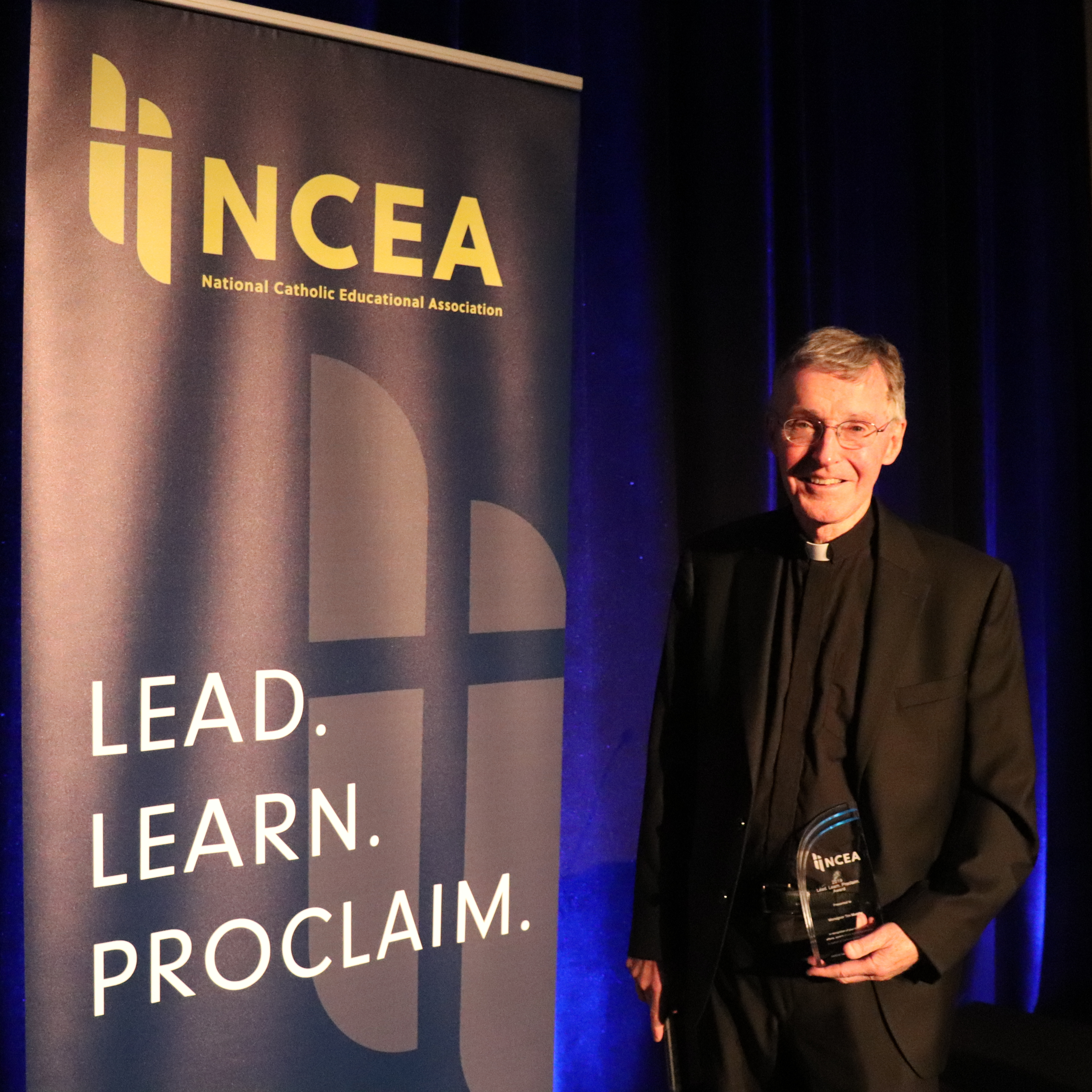 Msgr. Murphy '58 receives Lead. Learn. Proclaim. Award